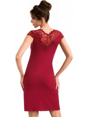 bielizna nocna koszulka w kolorze burgundowym z kwiecistą koronką na ramionach i dekolcie długość do połowy uda