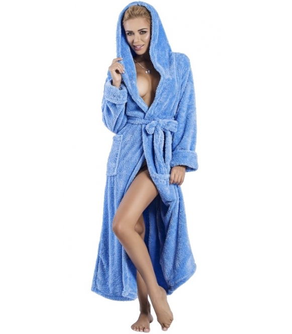 dkaren błękitny długi szlafrok damski z kapturem wiązany w talii puszysty i ciepły