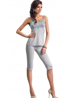 donna michelle piżama damska na ramiączkach szara z błękitnymi zdobieniami kokardką spodnie na gumce 3/4 typu rybaczki