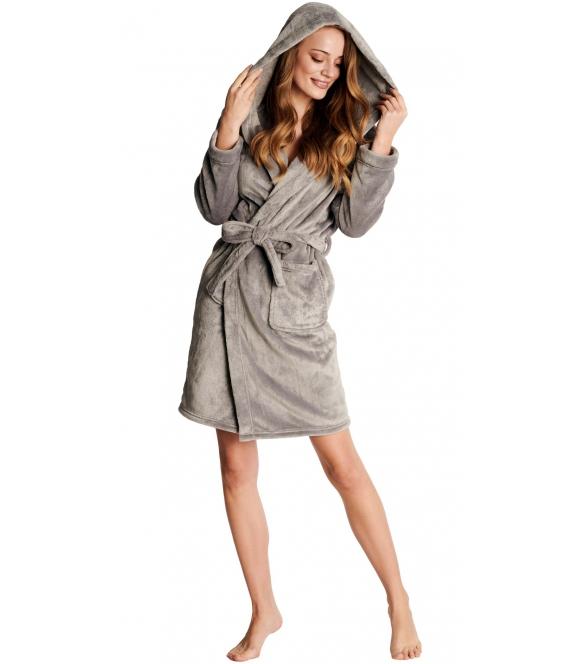 szary szlafrok damski haftowany na kieszonce srebrną nicią z kapturem wiązany w pasie długi przed kolana henderson