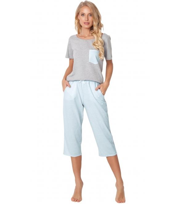 błękitno szara bawełniana piżama damska dwuczęściowa z krótkim rękawem aruelle jackie kieszonka na piersi spodnie typu rybaczki