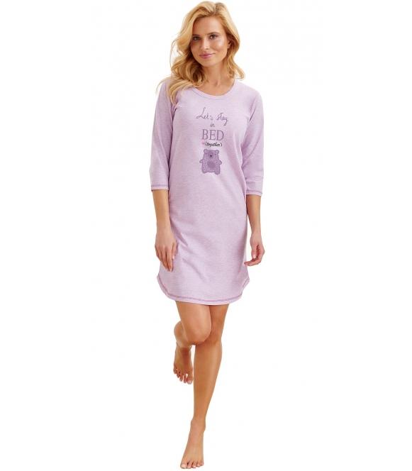 pastelowa koszula nocna damska z bawełny fioletowa krótka marki taro rita nadruk misia na środku rękawy 3/4 do połowy uda