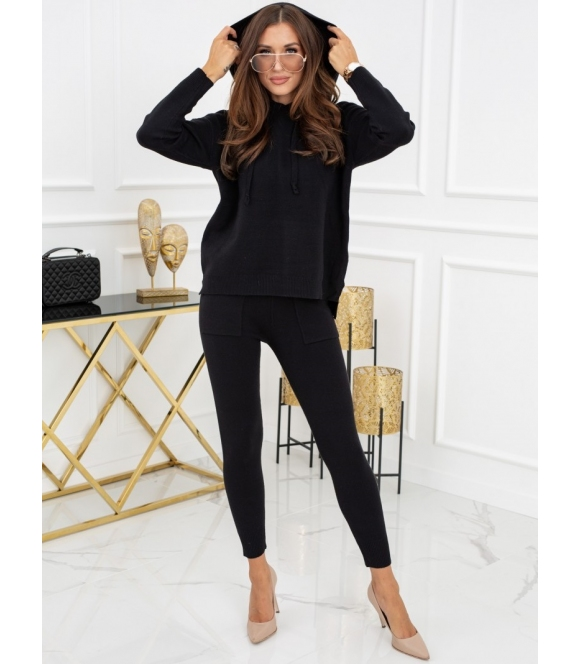 sweterkowy komplet damski z kapturem czarny vittoria ventini góra z długim rękawem i długie spodnie