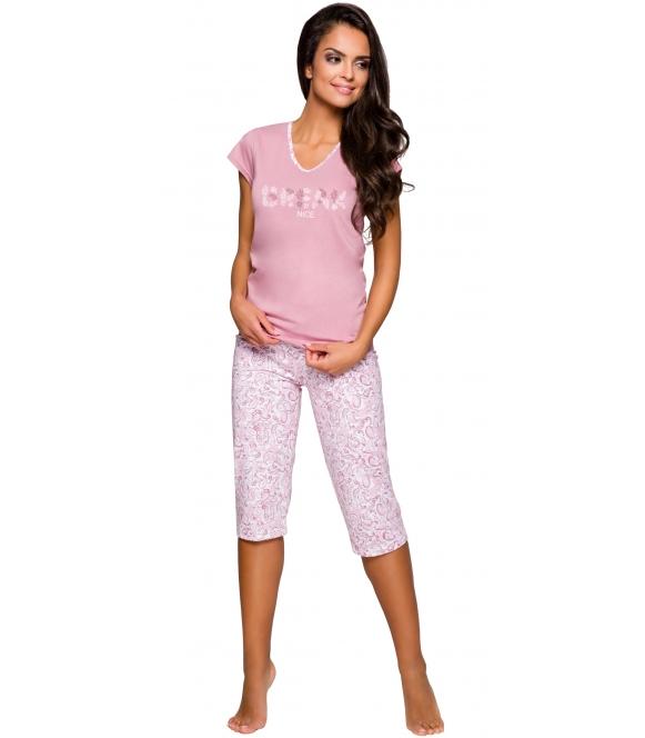 piżama damska bawełniana w odcieniach różu krótki rękaw modny nadruk z przodu spodnie typu rybaczki taro donata 2169