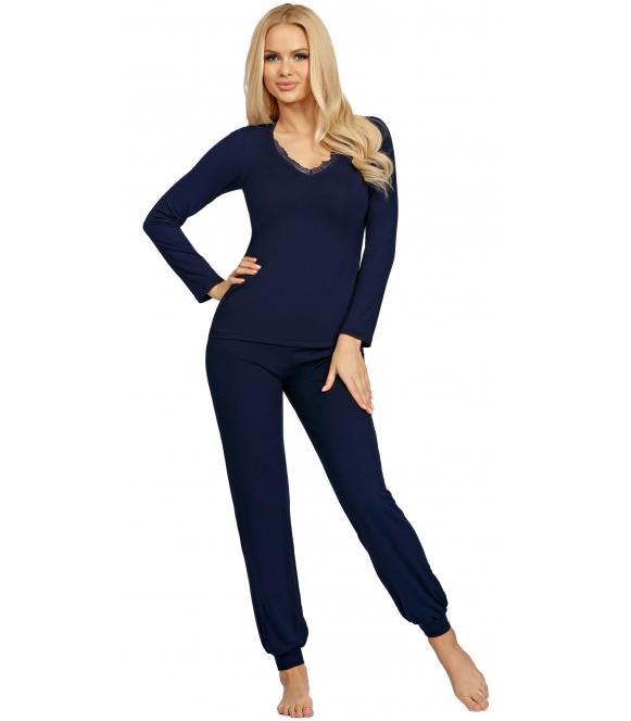 donna granatowa gładka piżama damska z długim rękawem i koronkowym dekoltem długie spodnie ze ściągaczem blanka dark blue
